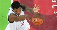 Alba Berlin adds size with Thompson