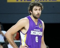 Julian Khazzouh signs with Asseco Prokom Gdynia (Photo: Sydney Kings)