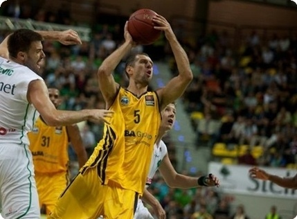 Vule Avdalovic - Alba Berlin (photo Sebastian Rzepiel)