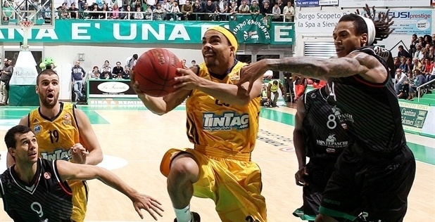 Dashaun Wood - Alba Berlin - EB12-13