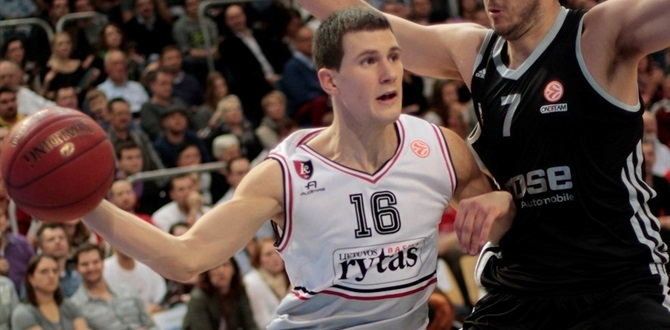 Valencia, Nedovic agree until June of 2016