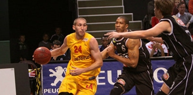 Regular season Game 1 MVP: Matt Lojeski, Telenet Oostende