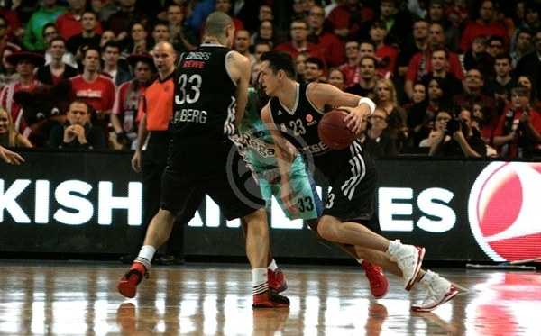 Casey Jacobsen - Brose Baskets - EB12