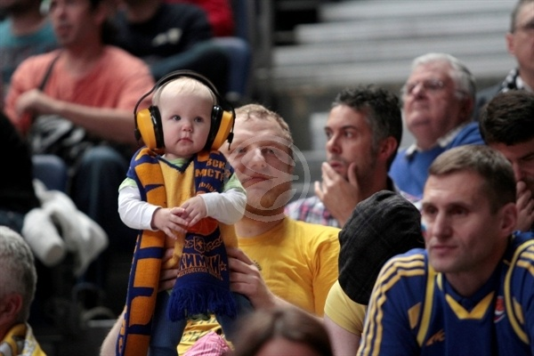 BC Khimki young fan in Madrid - EB12