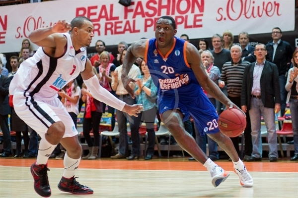 Florent Pietrus - Valencia Basket - EC12 (photo s.Oliver Baskets)