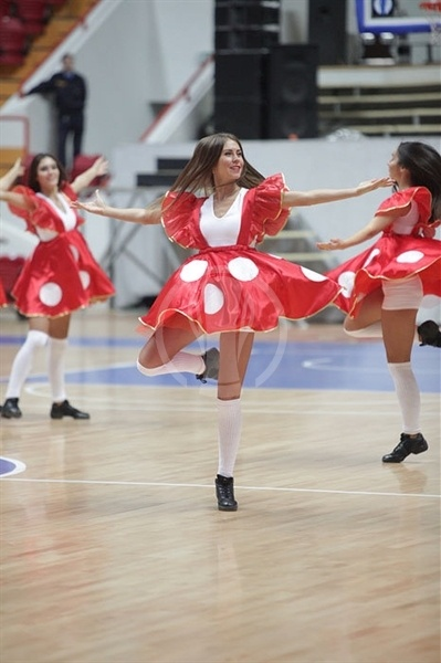 Unics Kazan cheerleaders - EC12 (photo unics.ru)