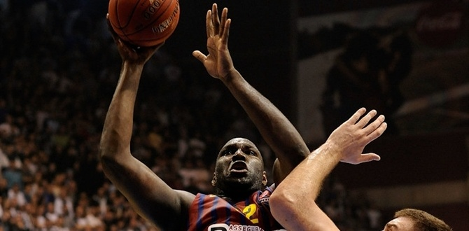 Barcelona center Jawai sidelined with ankle sprain