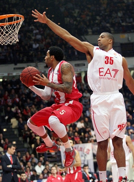 Acie Law - Olympiacos Piraeus - EB12
