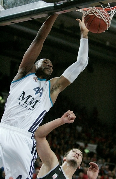 Marcus Slaughter - Real Madrid - EB12