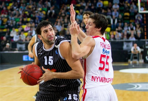 Alex Mumbru - Uxue Bilbao Basket - EC12 (photo Bilbao Basket)