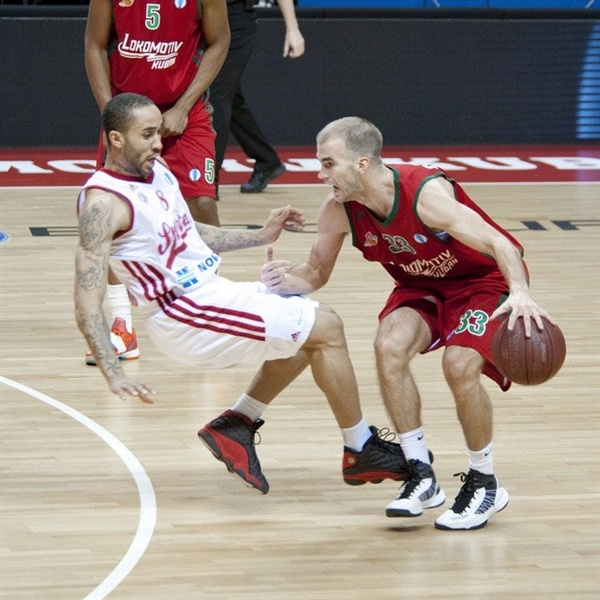 Nick Calathes - Lokomotiv Kuban - EC12 (photo lokobasket.com)