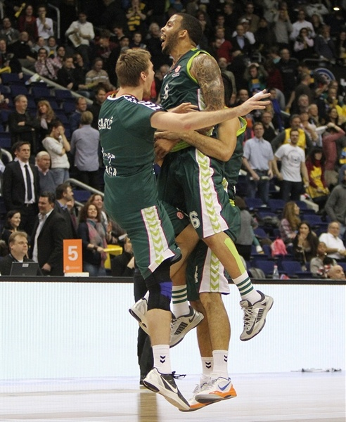 Marcus Williams celebrates - Unicaja Malaga - EB12