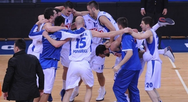 Buducnost VOLI celebrates - EC12 (photo kkbuducnost.me)