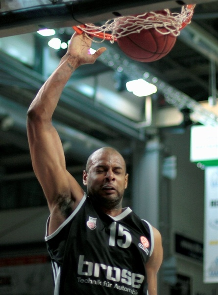 Sharrod Ford - Brose Baskets - EB12