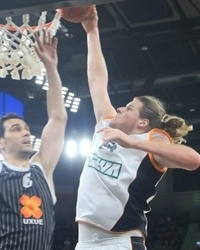 John Bryant - ratiopharm Ulm - EC12 (photo Bilbao Basket)