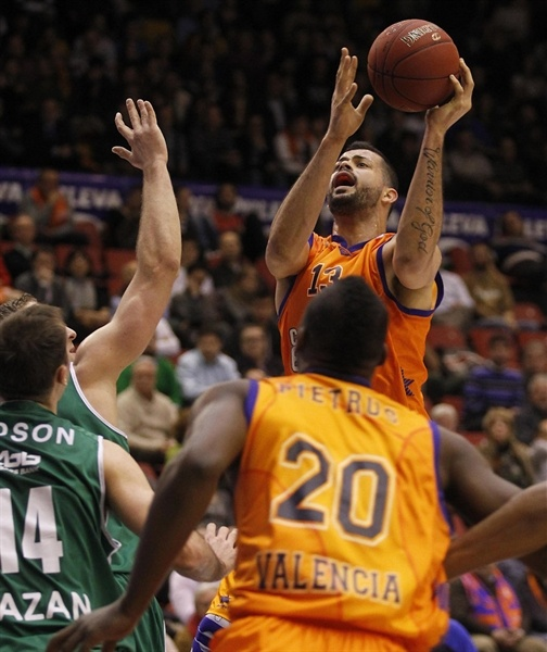 Vitor Faverani - Valencia Basket - EC12 (photo Valencia Basket)