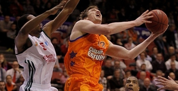 Serhiy Lishchuk - Valencia Basket - EC12 (photo Miguel Angel Polo - Valencia Basket)