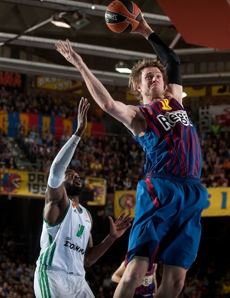 C.J. Wallace - Barcelona Regal - EB12