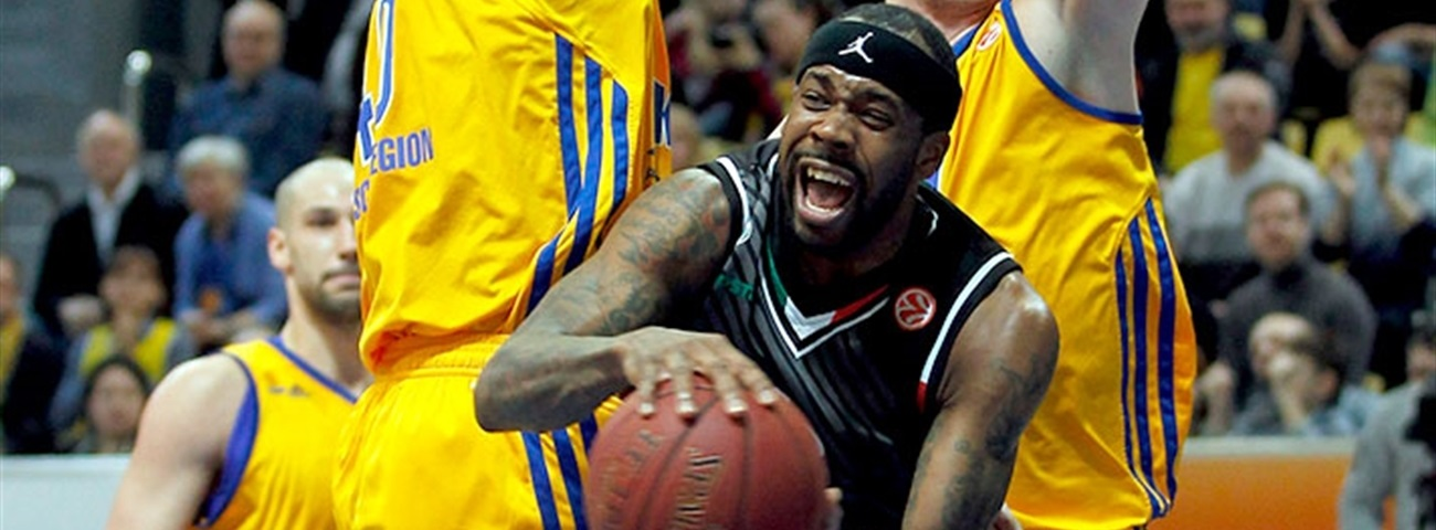 Olympiacos adds former Ford Trophy winner Brown