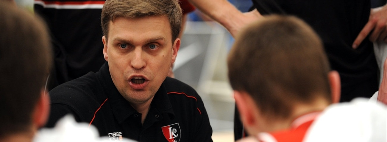 Neptunas puts Adomaitis in charge