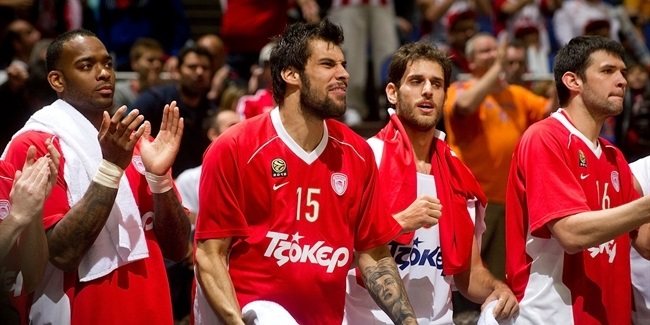 Olympiacos trounces CSKA, eyes repeat!