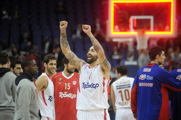 Pero Antic celebrates - Olympiacos Piraeus - Final Four London 2013