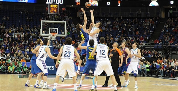 Tip-Off Semifinal Barcelona Regal vs. Real Madrid - Final Four LOndon 2013