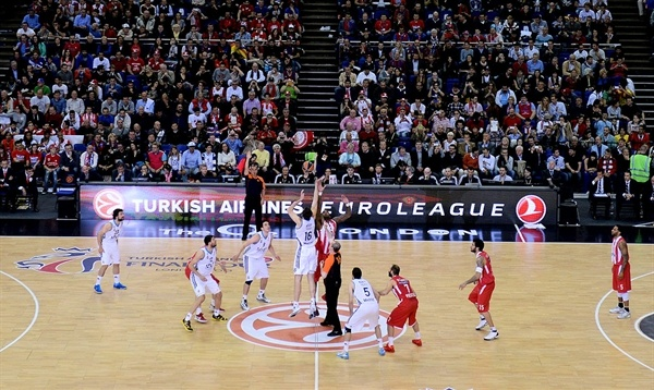 Tip-Off Final, Olympiacos Piraeus vs. Real Madrid - Final Four London 2013