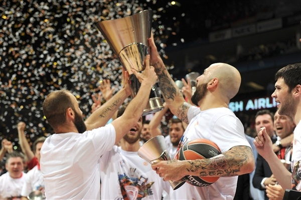 Vassilis Spanoulis - Olympiacos Piraeus champ - Final Four London 2013