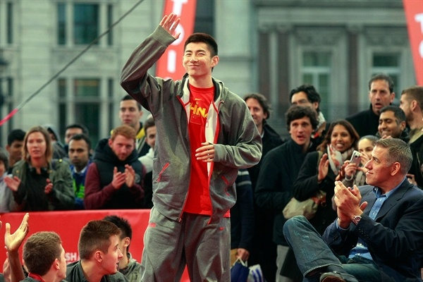 Heng Yifeng, winner of the Slam Dunk contest at the Fan Zone in Trafalgar Square, London