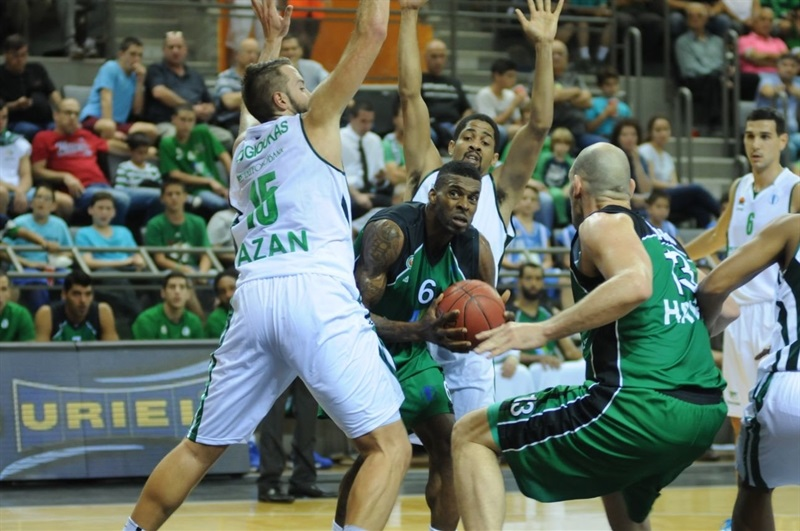 Donta Smith - Maccabi Haifa Bazan vs. Unics Kazan (photo Maccabi Haifa)