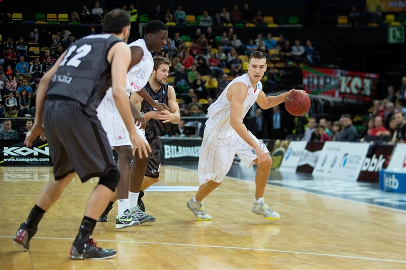 Mareks Jurevicius - Elan Chalon - EC13 (photo Bilbao Basket)