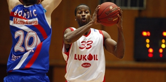Regular Season Round 10 MVP: Alando Tucker, Lukoil Academic Sofia
