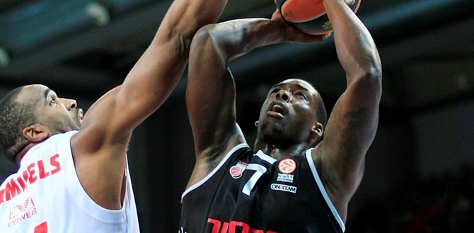 Dinamo Sassari puts Sanders in backcourt