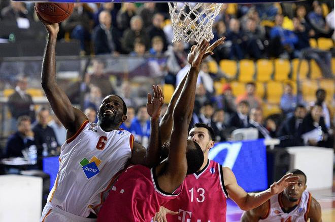 Bobby Jones - Virtus Rome - EC13 (photo virtusroma.it - Ciamillo&Castoria)
