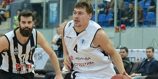 Busy Nizhny extends Baburin