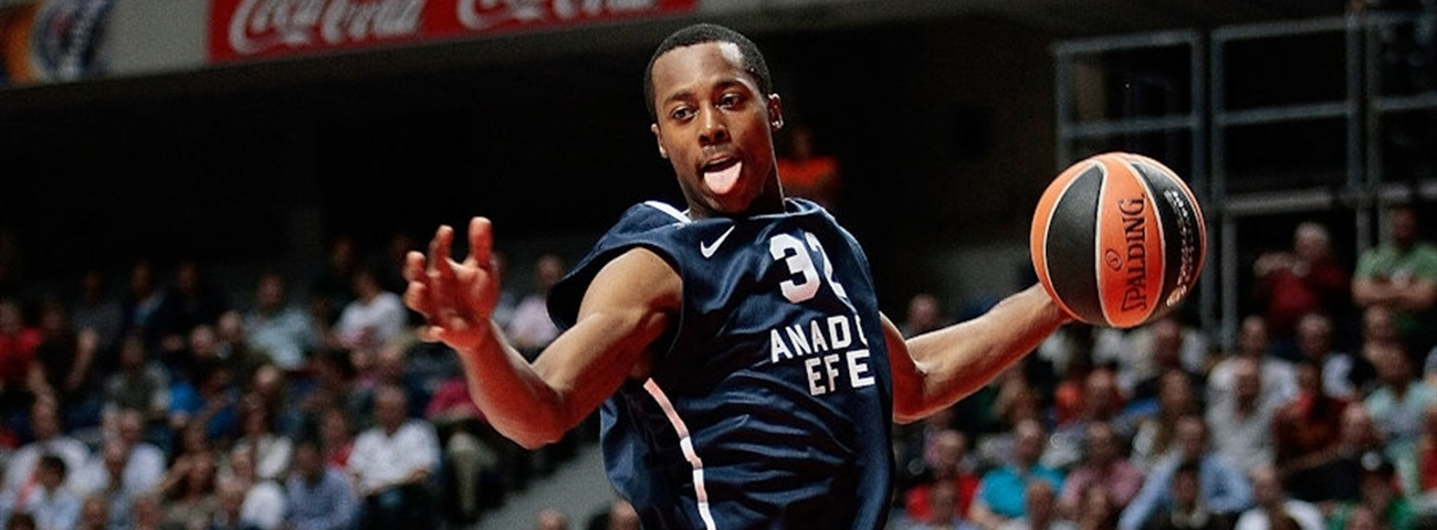 Galatasaray signs small forward Hopson
