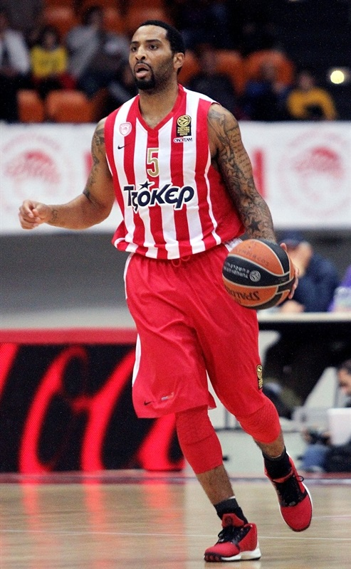 Acie Law - Olympiacos Piraeus - EB13