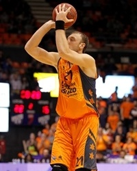 Oleksiy Pecherov - Valencia Basket - EC13 (photo Valencia Basket)