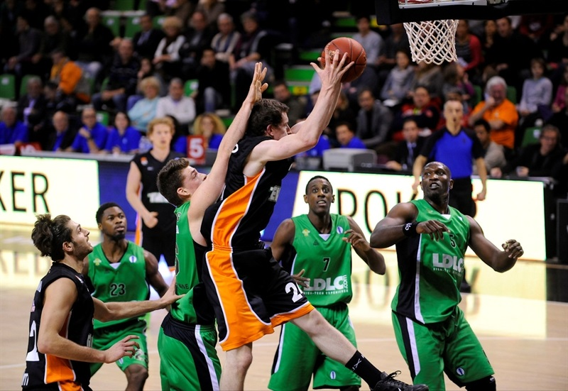 Matt Howard - Ratiopharm Ulm - EC13 (photo Asvel Villeurbanne)