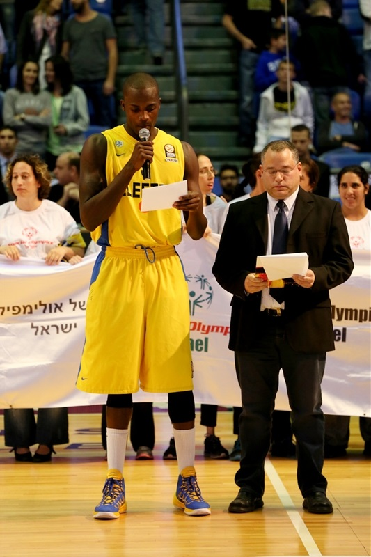 One Team - Shawn James - Maccabi Electra - EB13
