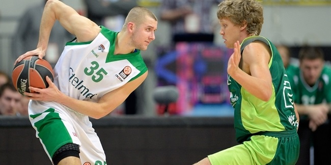 Zielona Gora re-signs Zamojski, signs Reynolds