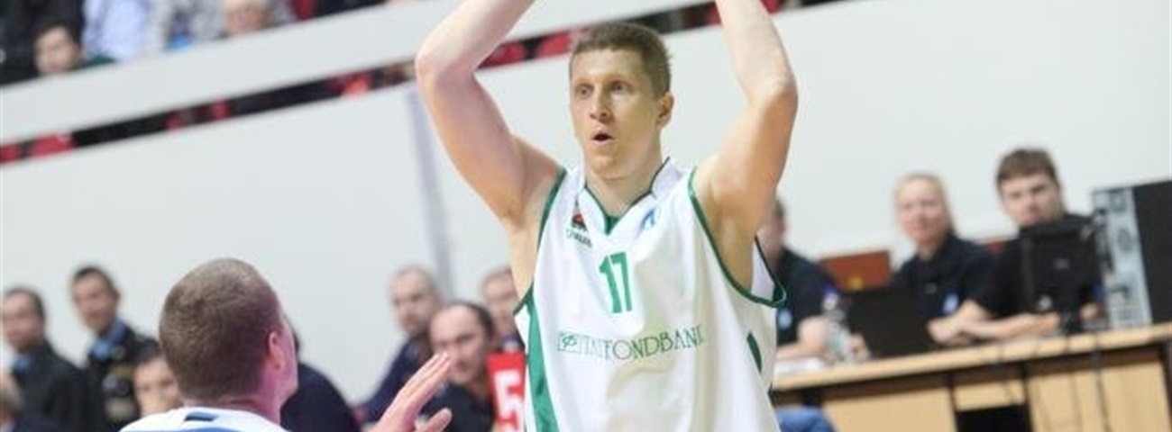 Unics inks sharp shooter Kolesnikov