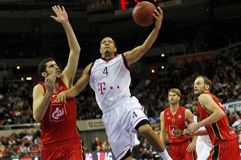 David McCray - Telekom Baskets Bonn - EC13 (photo Basket CAI Zaragoza - Esther Casas)