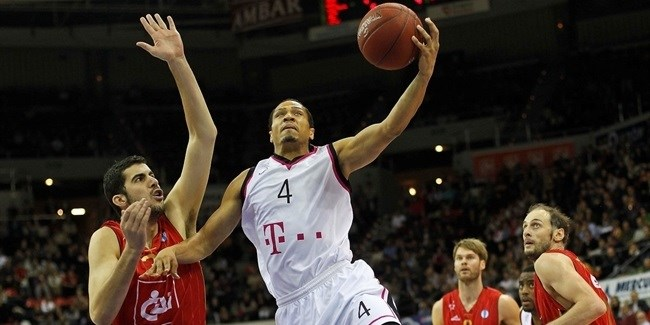 Ludwigsburg brings back guard McCray