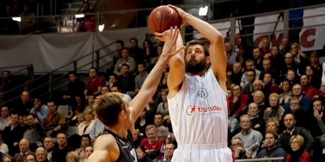 Ludwigsburg re-signs rebounding ace Brockman