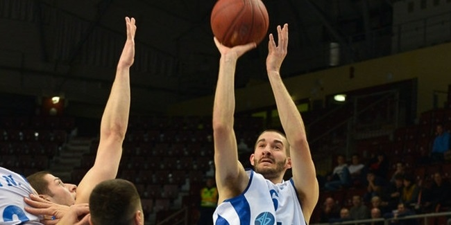 ratiopharm Ulm nabs three-point marksman Hobbs