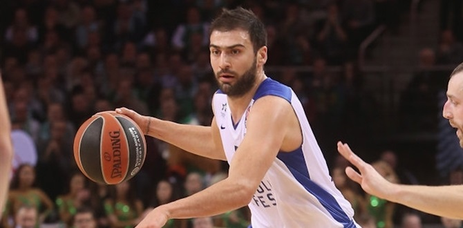 Unicaja completes roster with Vasileiadis