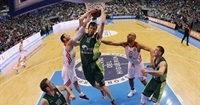 Vazquez stays at Unicaja