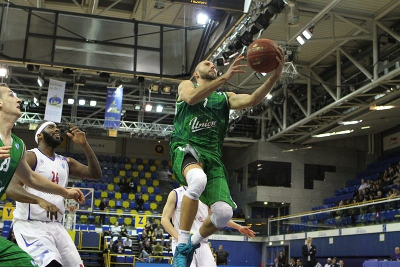 Nebojsa Joksimovic2 - Union OLimpija - EC13 (photo Paris Levallois)